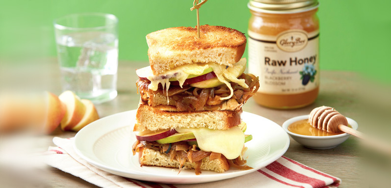 Caramelized Onion and Apple Grilled Cheese