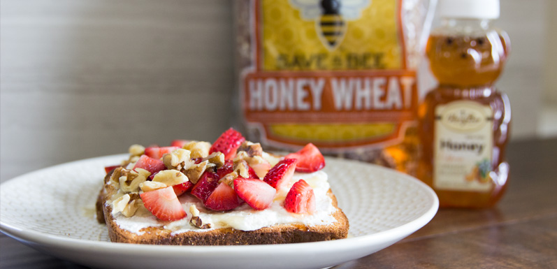 Franz Save The Bee Ricotta Fruit Toast