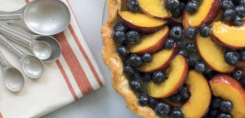 Fresh Blueberry Peach Pie with Honey Peach Glaze